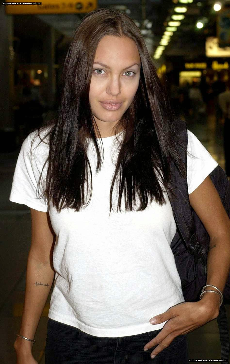 Angelina Jolie Picture Archives: Candids of Angelina Jolie ... Angelina Jolie And Brad Pitt