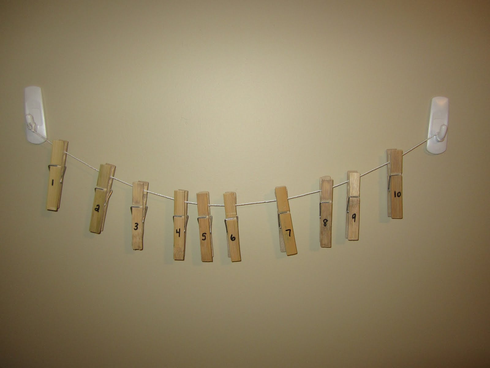 Easy Diy Clothes These clothes pin number lines