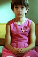 El niño vestido de niña