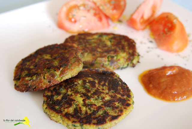 De la huerta a la mesa hamburguesas vegetarianas de habas - Hacer hamburguesas vegetarianas ...