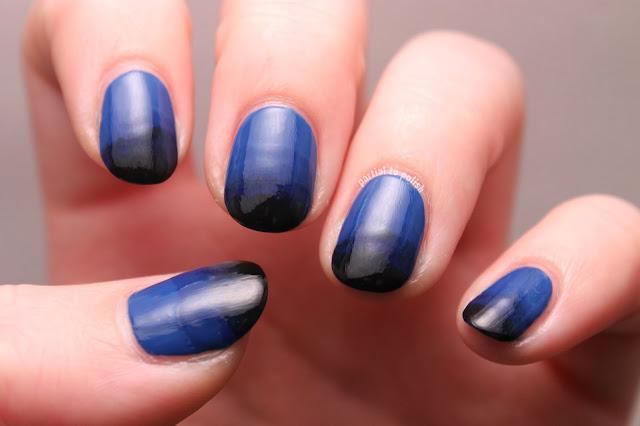 Blue Gradient Nails