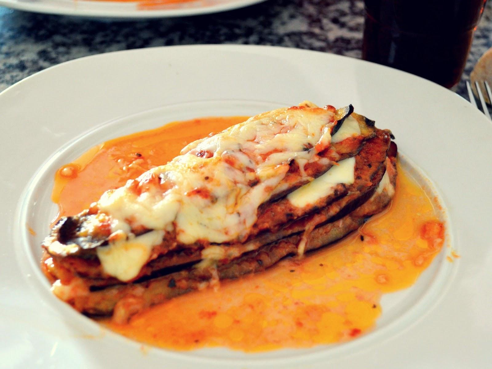 Berenjenas gratinadas con mozzarella mvesblog - Berenjenas con mozzarella ...