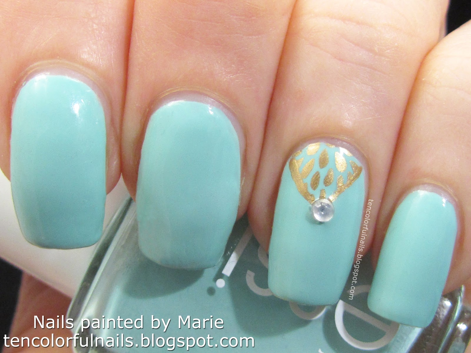 Ten Colorful Nails: Blue Oriental Inspired Nail Fail