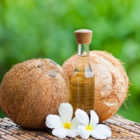 cacchs dùng dầu dừa cho tóc