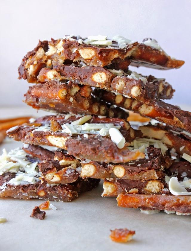 Holiday Baking | Land O'Lakes Pretzel Toffee Recipe #shop #HolidayButter #cbias