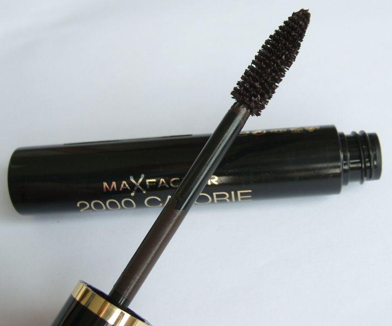 http://2.bp.blogspot.com/-yu80aqZQGaM/US9zzgj2rNI/AAAAAAAAADk/xjROFkDe-3M/s1600/Max+Factor+2000+Calorie+Dramativ+Volume+Mascara+(1).JPG