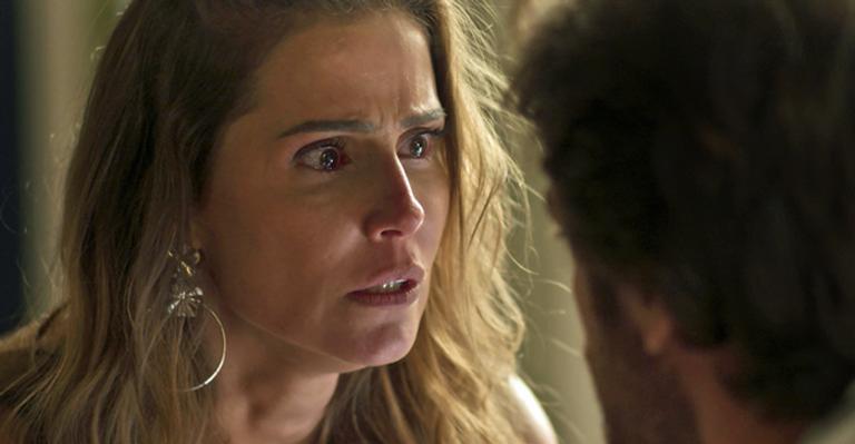 Deborah Secco se manifesta após cena de estupro em Segundo Sol: ''É difícil de assistir''