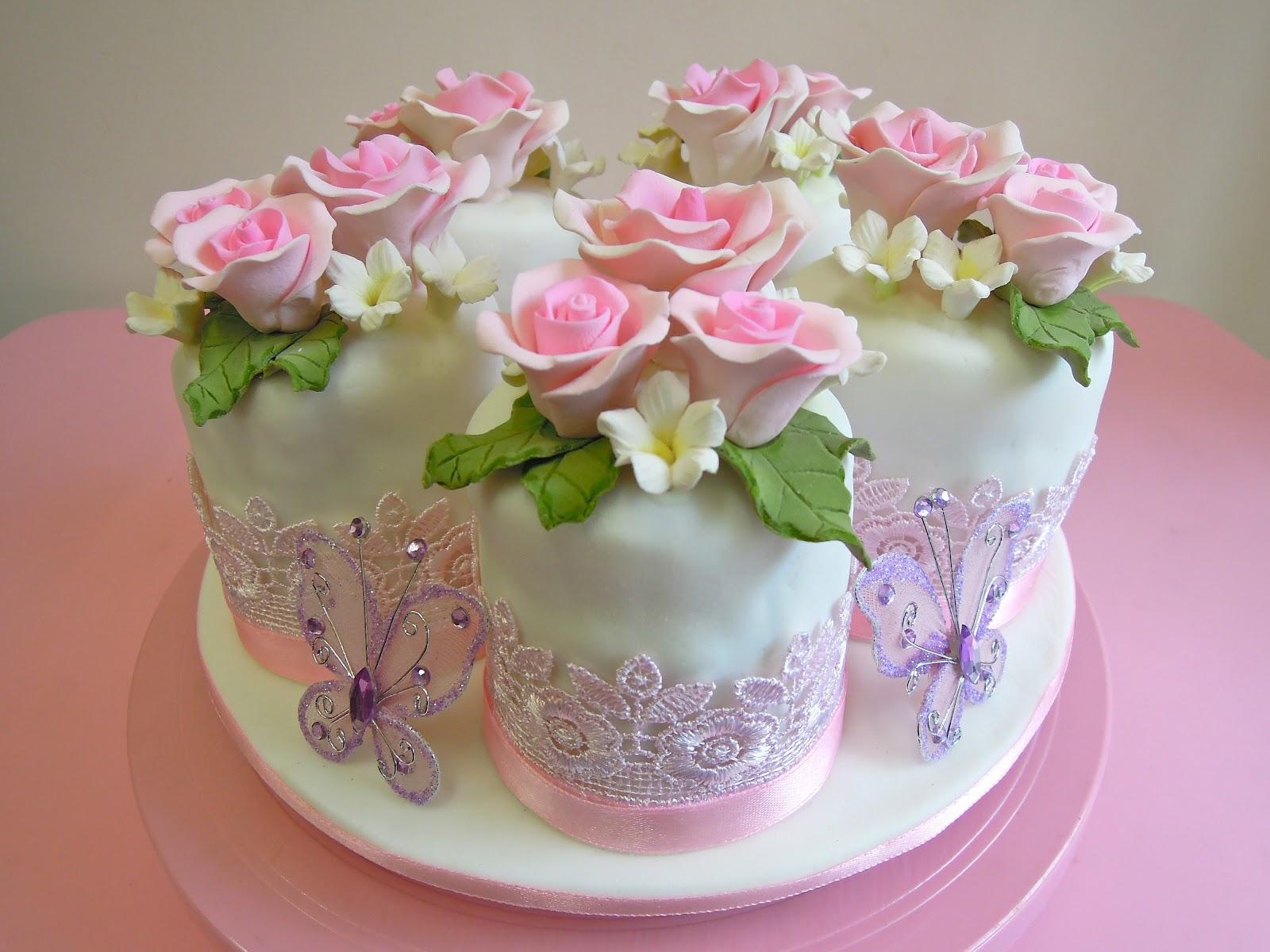 Pink Vanilla Cakes Amp Pastries Fondant Mini Cakes For