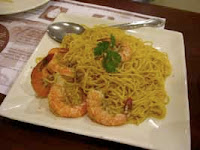 Weight Loss Recipes : Garlic Shrimp with Noodles