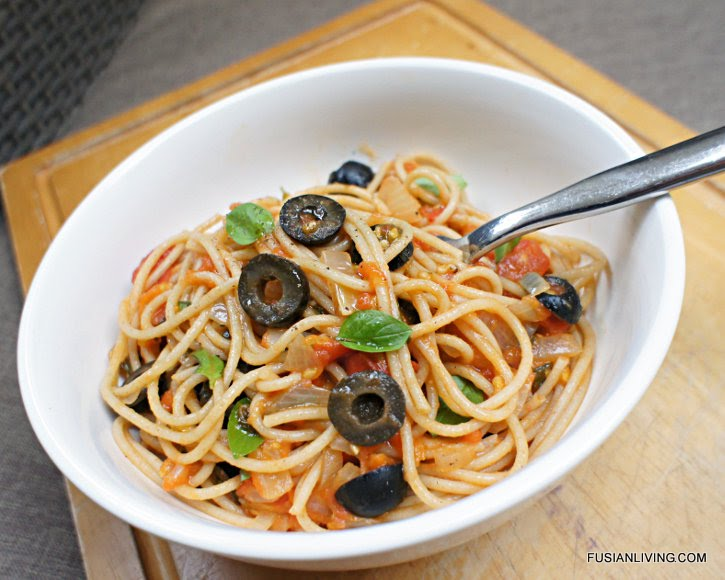 Tomato sauce, basil & olives tossed through spaghetti