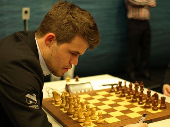La 6ème ronde des Masters a été fascinante, dominée par la vitesse d'exécution de Carlsen face à Tomashevsky
