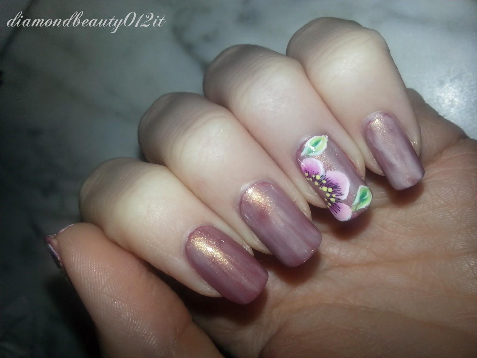 fiore semplice nail art