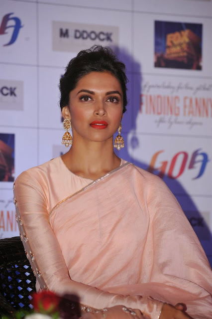 Deepika Padukone in Gorgeous Saree at Goa Tourism Tie Up Event in Novotel el