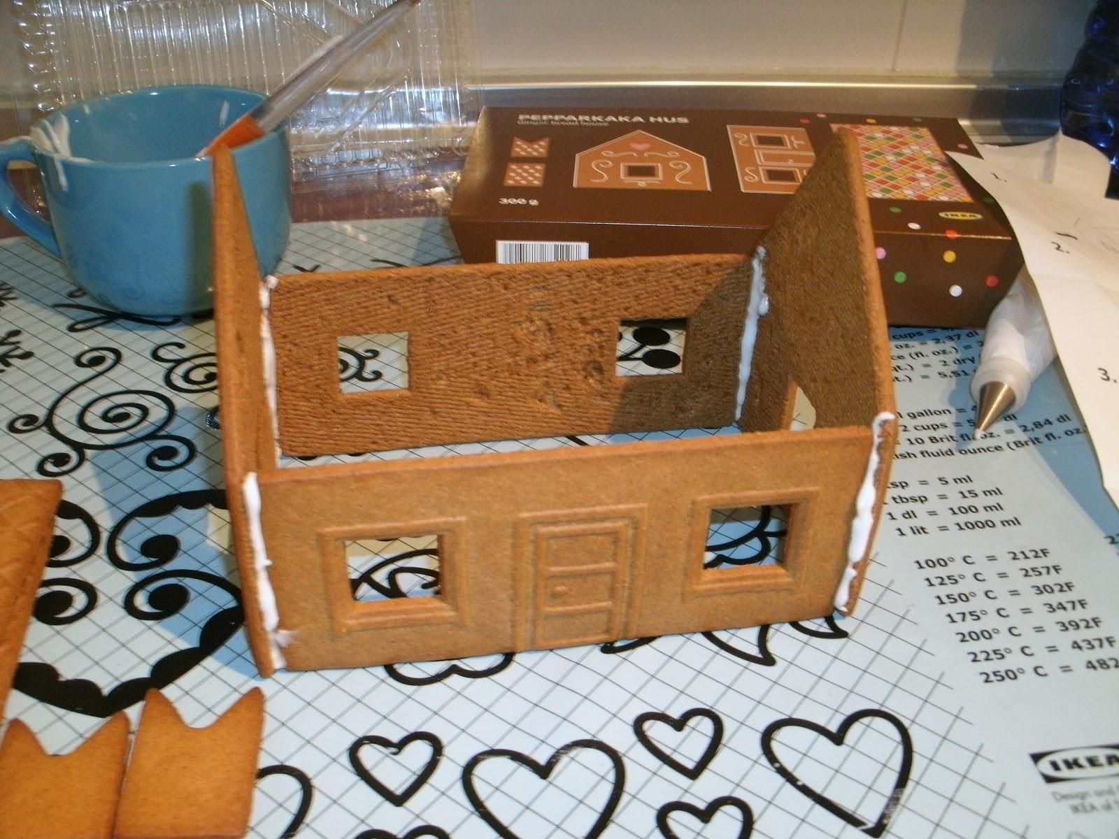 Decorando mi pastel casita de jengibre for Casa jengibre