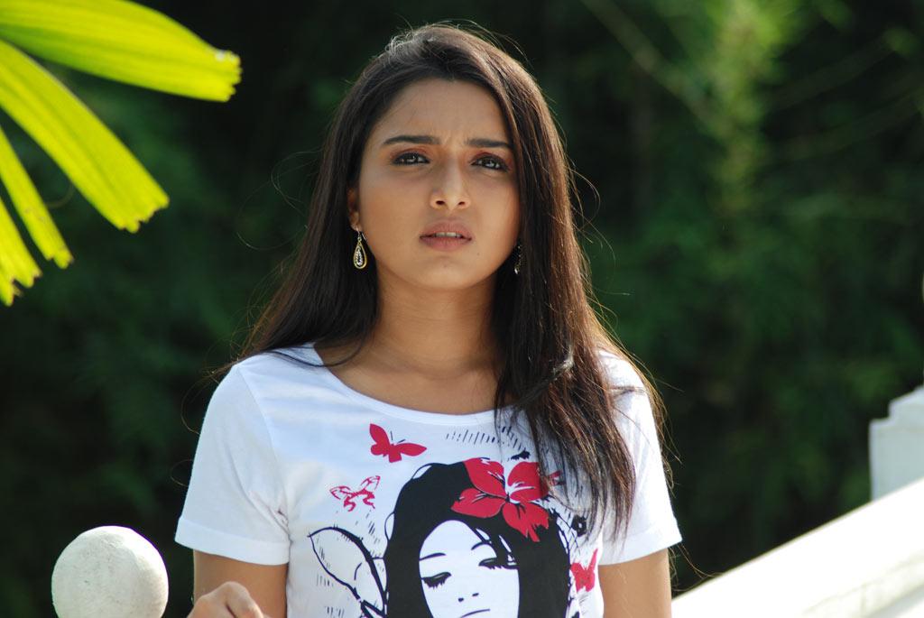 maria shriver and arnold_10. Yugam Stills Deepthi,Telugu