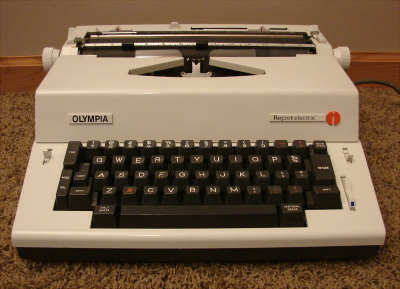 oz typewriter which typewriter 1973 british consumers report on portable typewriters. Black Bedroom Furniture Sets. Home Design Ideas