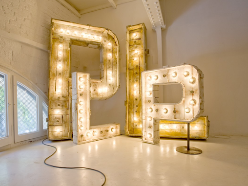 the font hunter the grokstore letras luminosas para bodas en barcelona