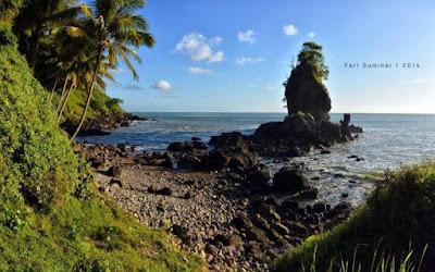 Pantai Karang Agung Kebumen Jawa Tengah