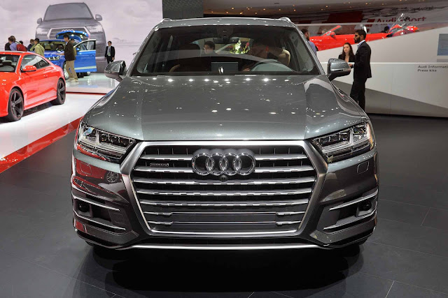 Newly Coming Audi Q7 Facelift Full Details 2016