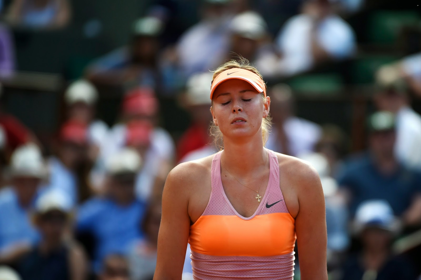 France, French Open, French Open 2014, French Open Trophy, Maria Sharapova, Maria Sharapova Photo, Maria Sharapova vs Simona Halep, Paris, Simona Halep, Sports, Tennis, Tennis Players, Women Tennis Players,