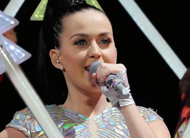Katy Perry «primer ícono global» de Cosmopolitan