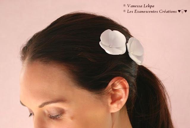 vanessa lekpa , pics à chignon et barrette de mariée fleur de satin fait mains