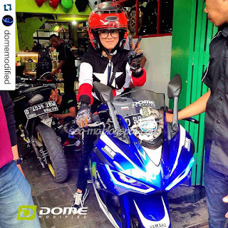 Foto Motor Yamaha R25 Di Naiki Cewek Cantik Indri Barbie