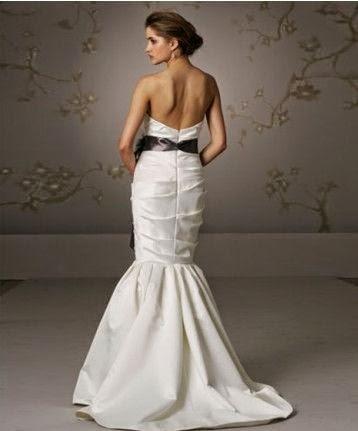 Vestido de Novia Corte Sirena con Lazo Oscuro en la Cintura
