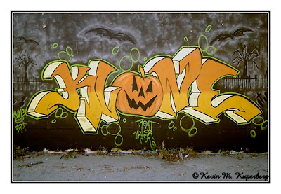 Cool Halloween Graffiti Wallpaper