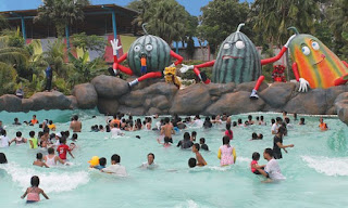 Wave Pool Mekarsari Water Kingdom