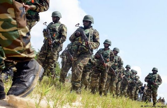 nigerian soldier flee cameroon