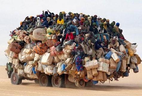 Mức phạt mới cho xe chở quá tải