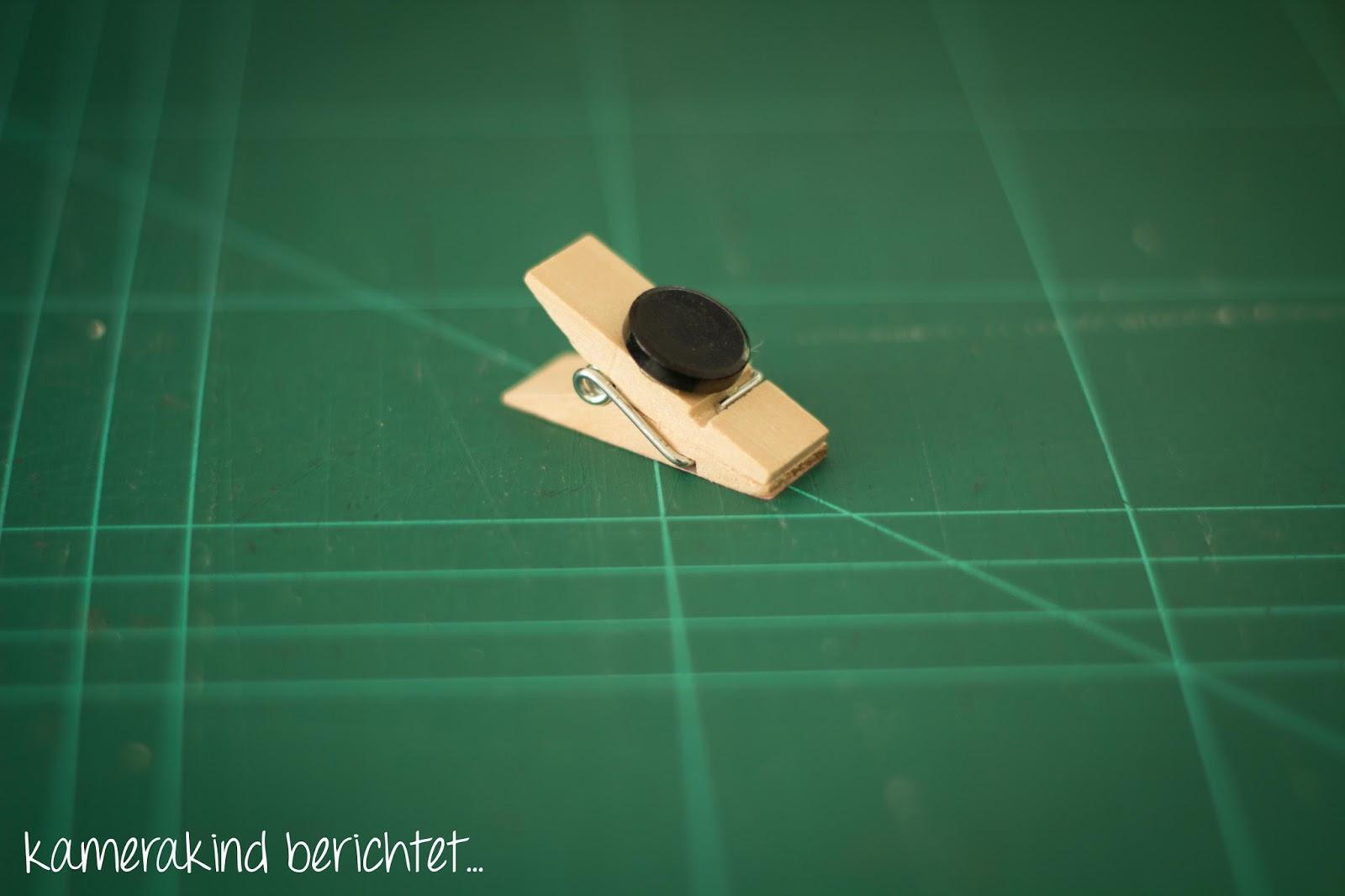 Mit der Heißklebepistole lassen sich schnel Magneten überall befestigen!