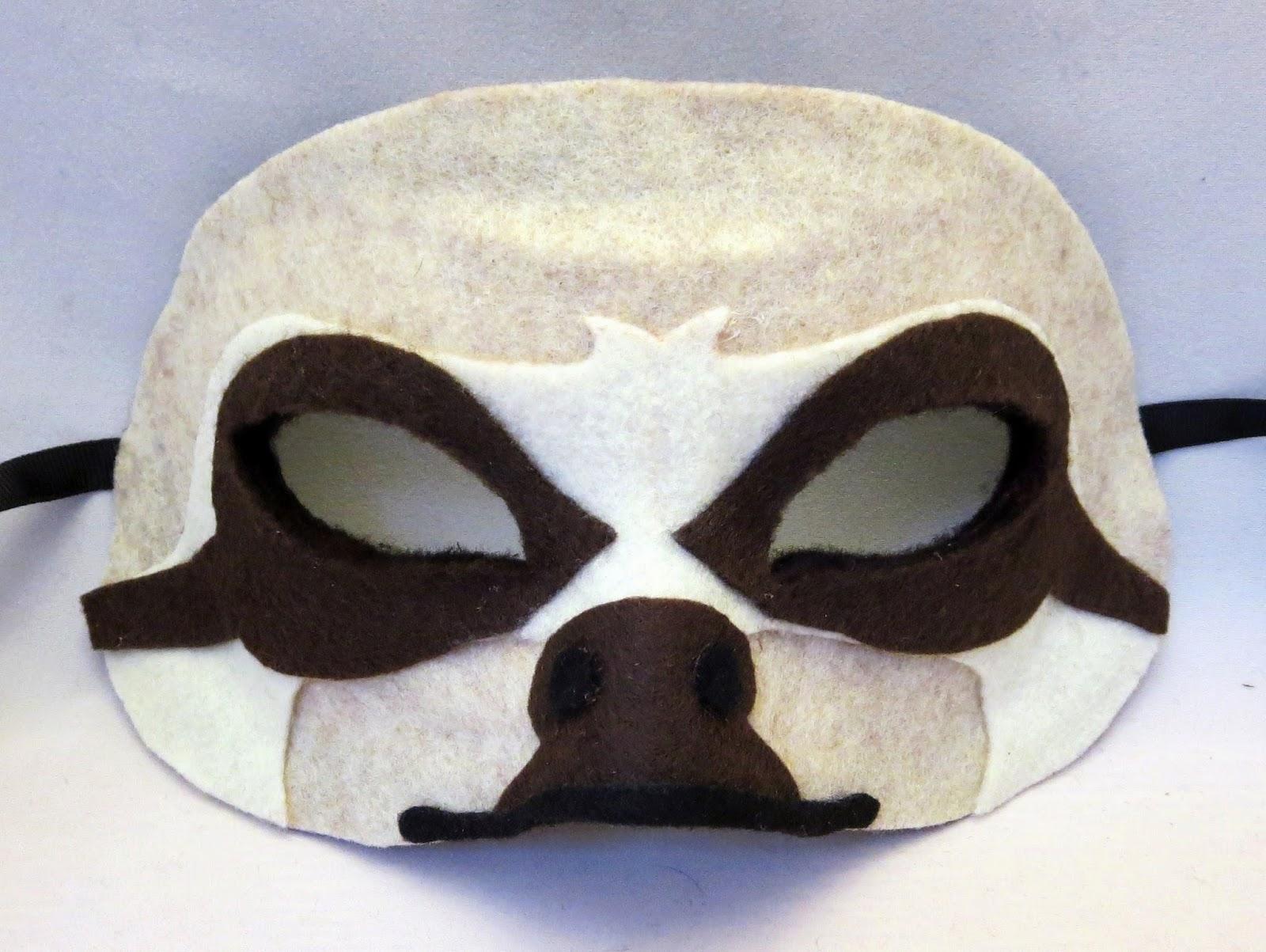 DIY Felt Sloth Mask