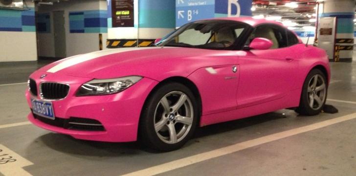 Digital Carauto Um Bmw Z4 Pintado De Rosa