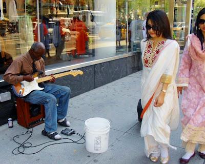 D ndole una vueltica al mundo descalza por manhattan conociendo artistas callejeros - Callejero manhattan ...