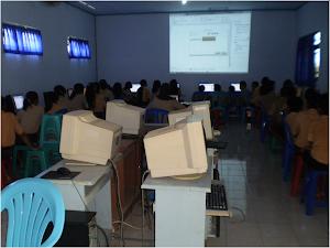 Suasana Belajar Komputer