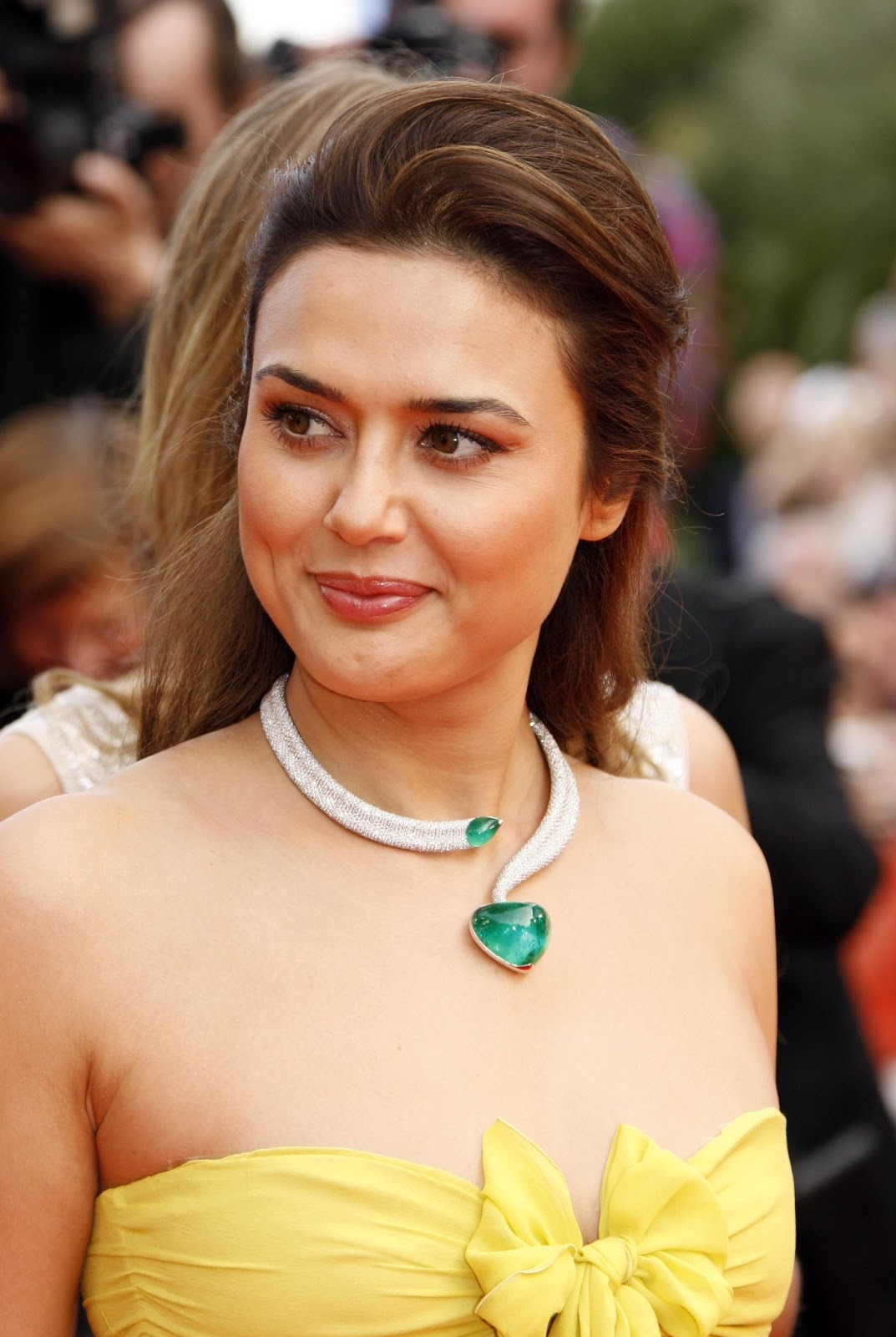 share the post preity - photo #5