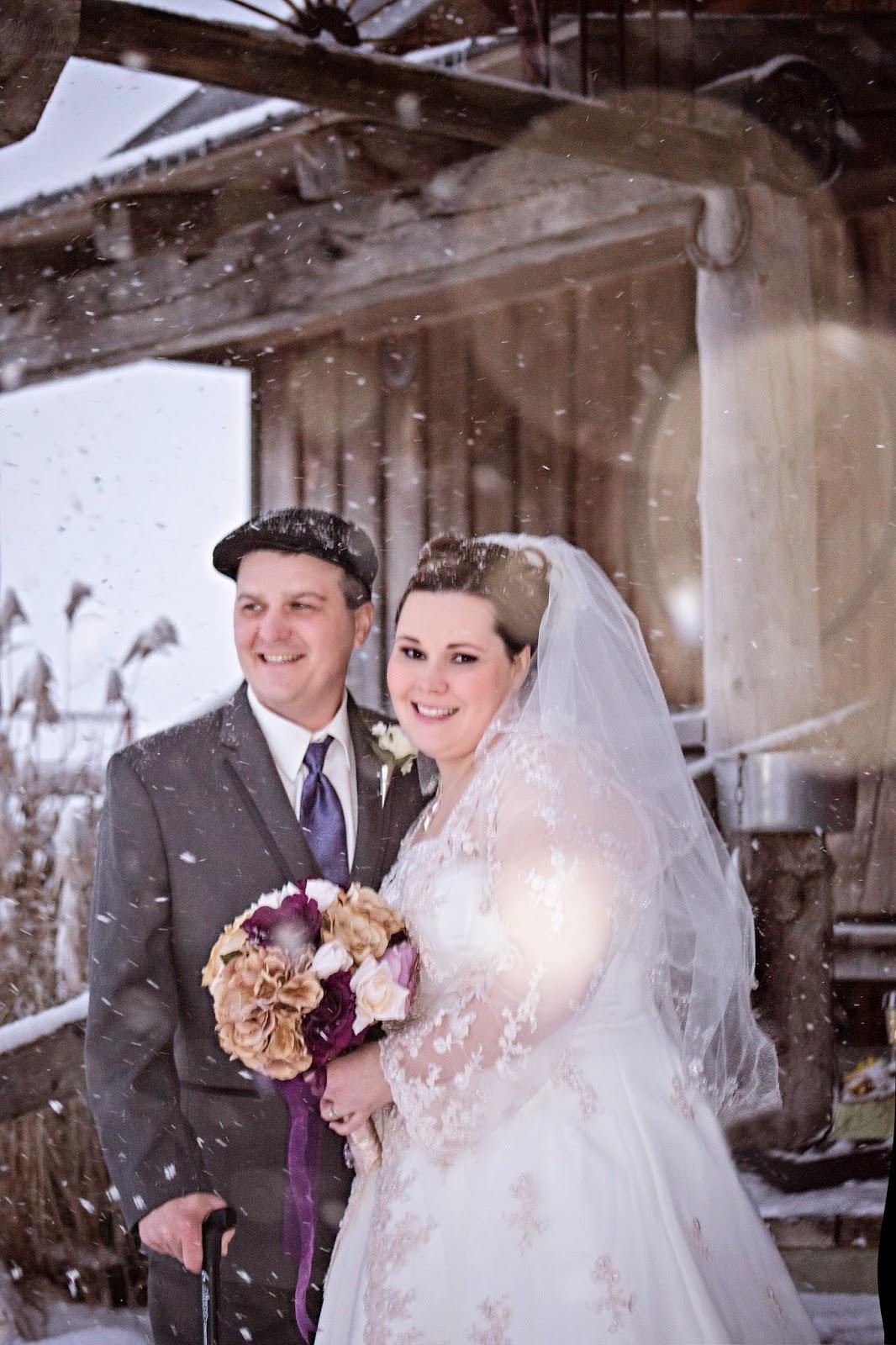 Winter wedding photography, winter wedding photos