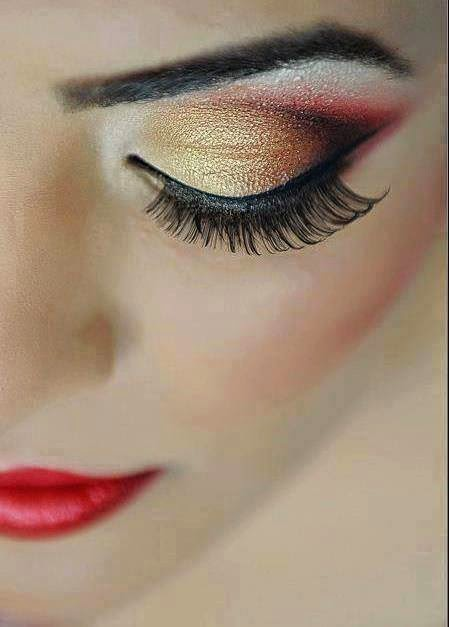 Ladies Eye Make Up...