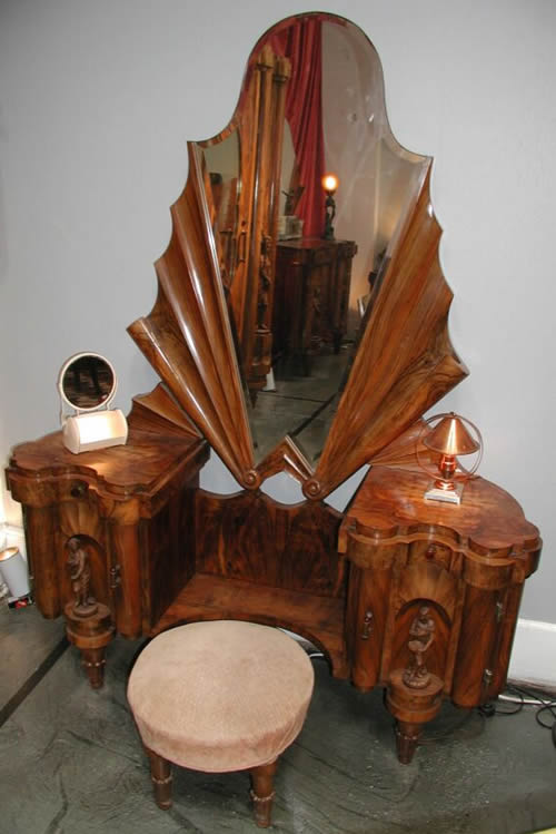 Wooden dressing table designs.  An Interior Design