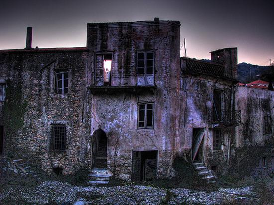 Balestrino - Cidade fantasma medieval na Itália
