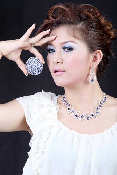 Myanmar Hot Singer, Jenny's Lovely Fashion Photos | Myanmar Singer and