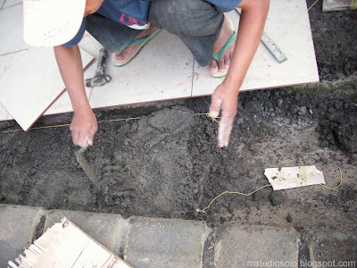 pemasangan lantai keramik langkah 3