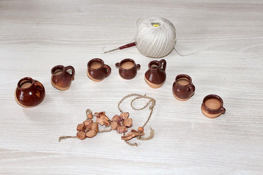 глиняные горшочки на нитке