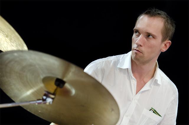 Paal Nilssen-Love - Jazz à Luz - Chapiteau (Luz Saint Sauveur) - 10/11/2011