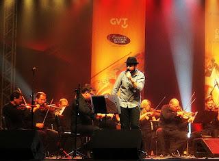 Fabrício Beck, da banda Vera Loca, no concerto Clássicos do Rock Nacional.