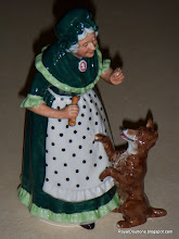 Old Mother Hubbard HN2314