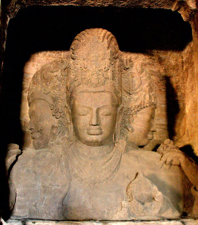 trimurti statue at Elephanta cave of Mumbai