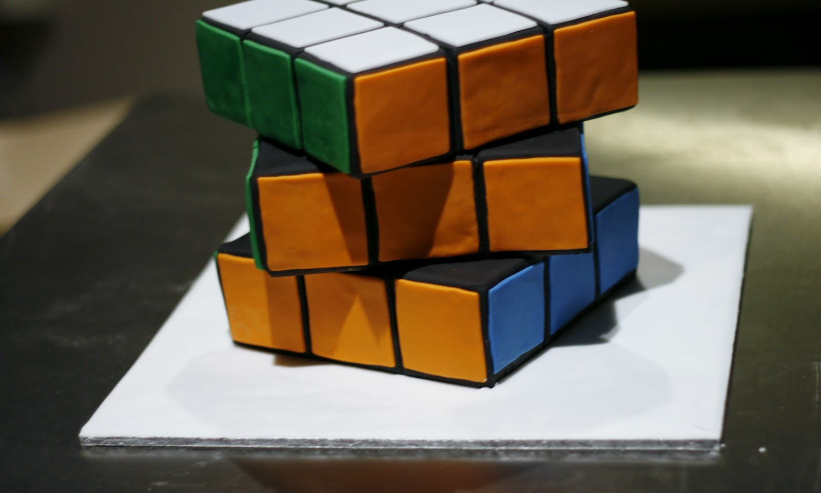 the nooblet patissier rubik s cube cake